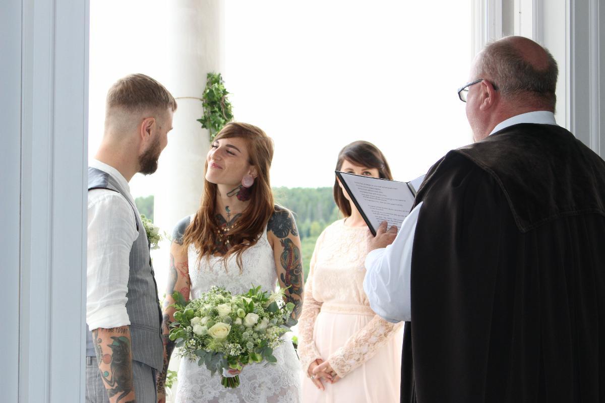 Hvem kan vie brudepar?