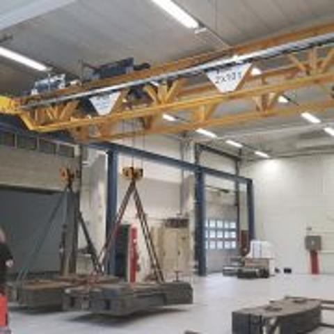 Subsea fabrication i nye lokaler og med ny V-kran
